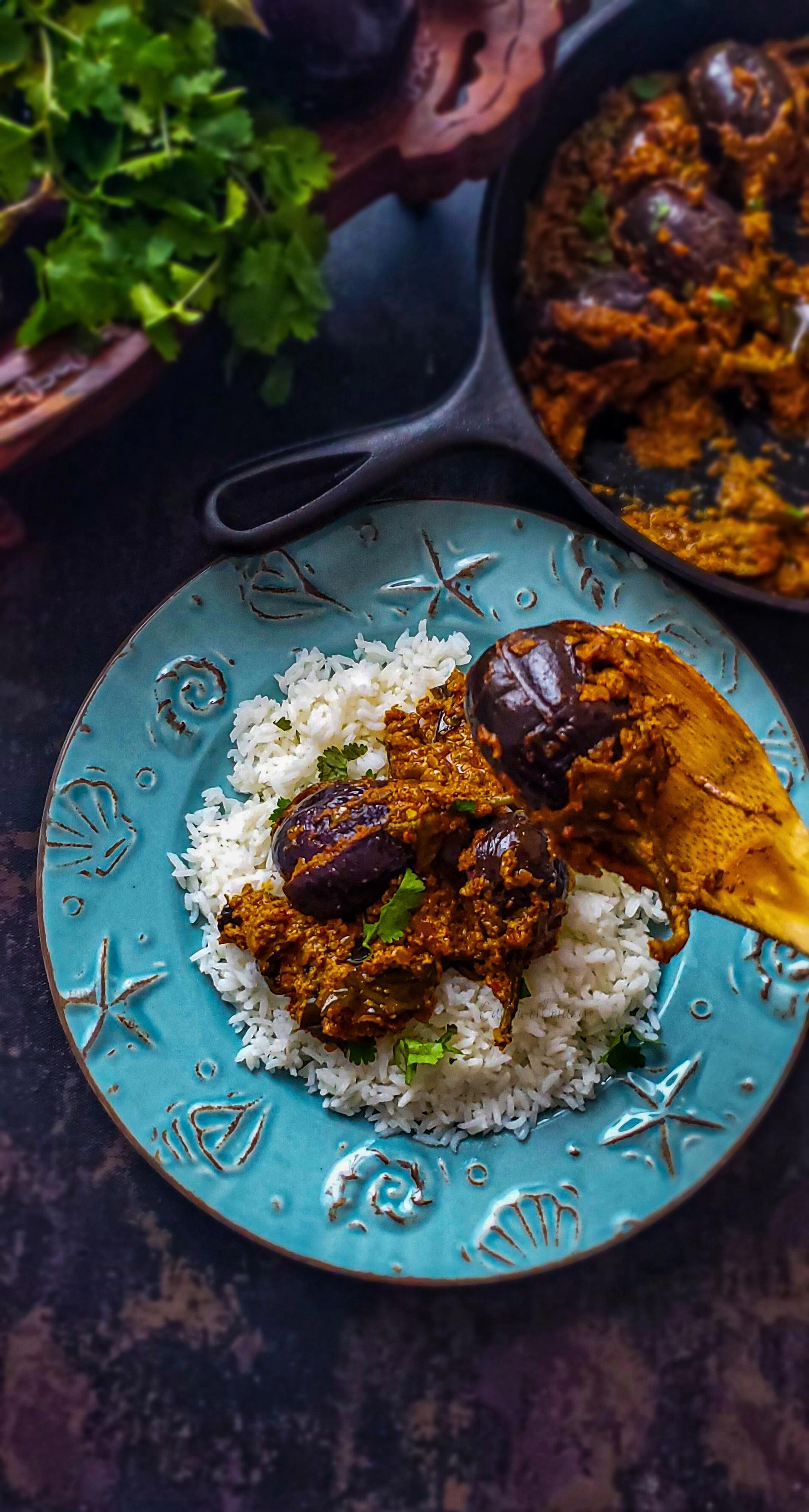 Gutti Vankaya Kura | Stuffed Brinjal Curry
