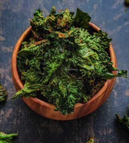 Crispy Kale Chips | Baked Kale Chips