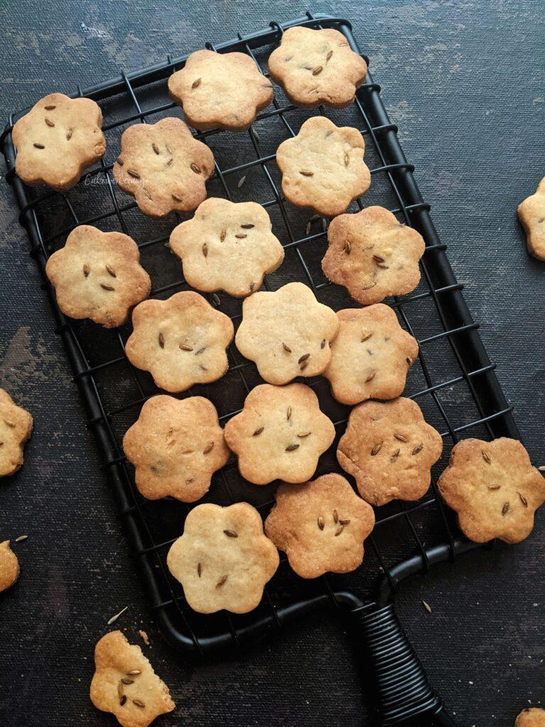Wholewheat cumin cookies