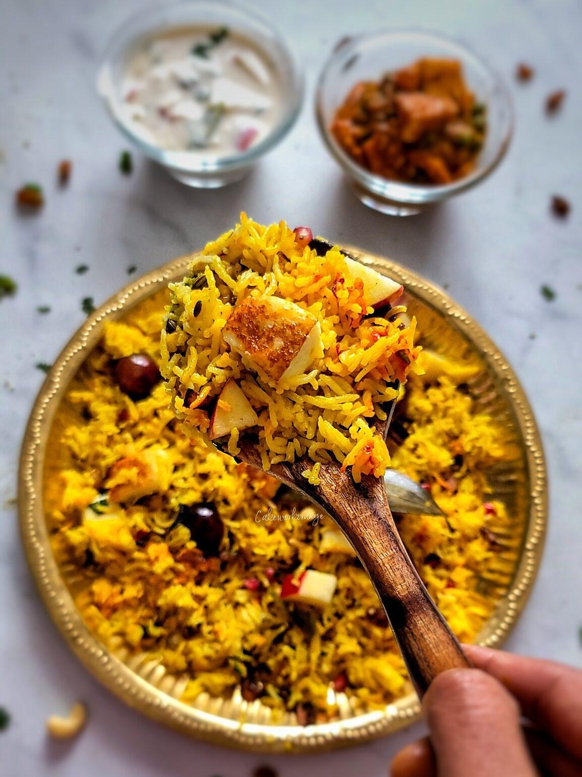 Kashmiri Fruit & Nut Pulao