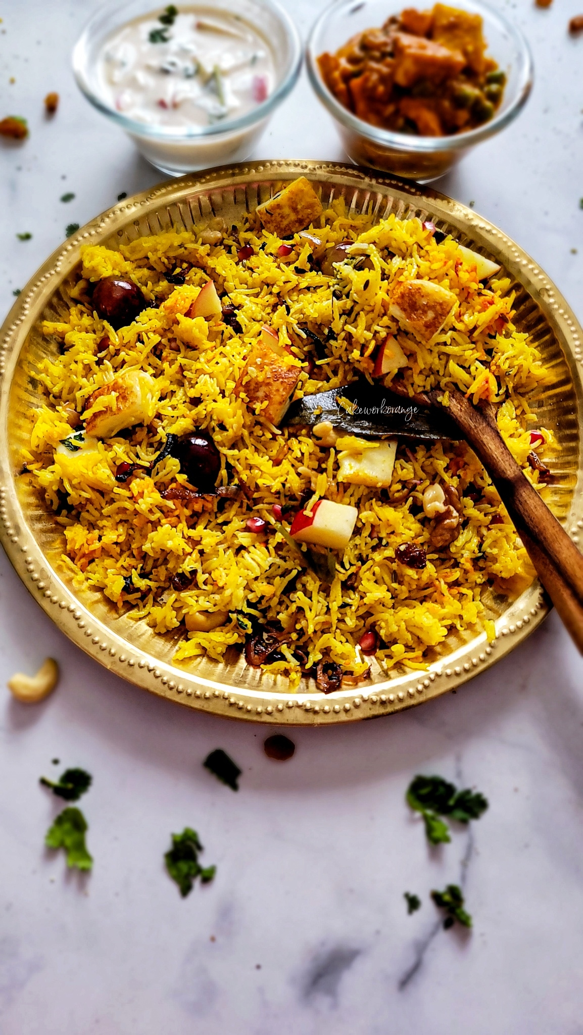Kashmiri Fruit and Nut Pulao in Instant Pot