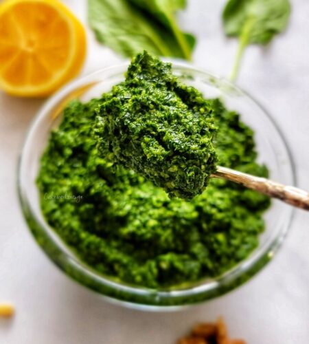 Homemade Spinach and Kale Pesto